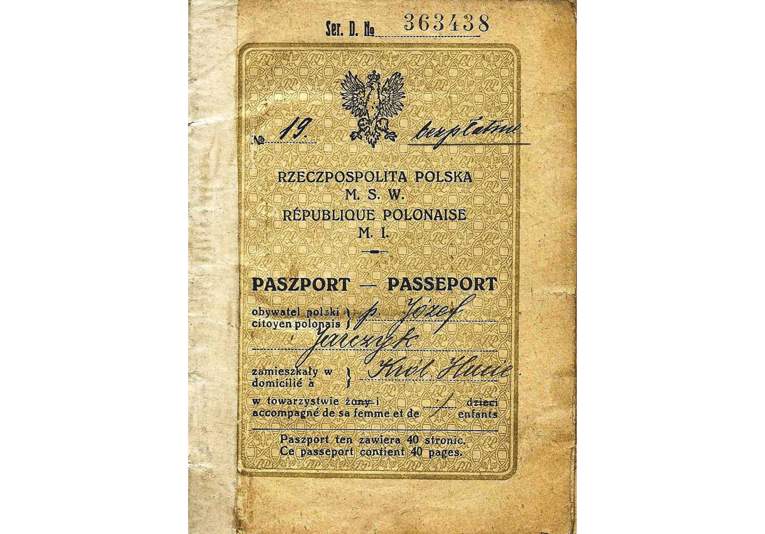 Polish Republic official passport
