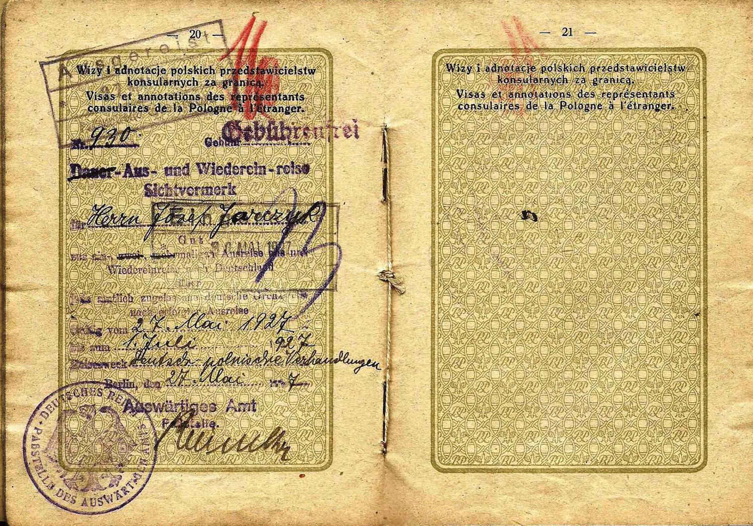 old Polish service passport