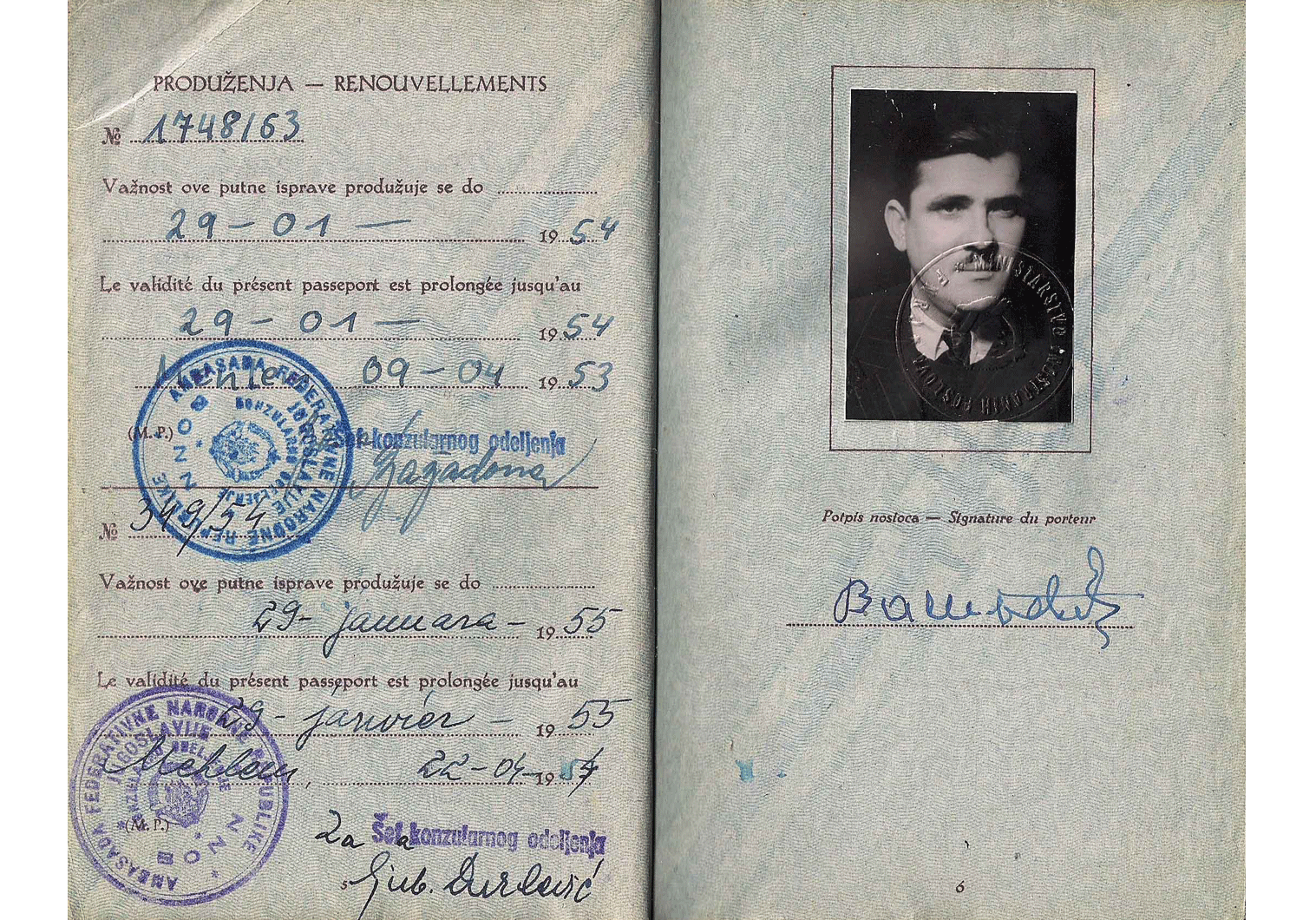 Cold-War service passport