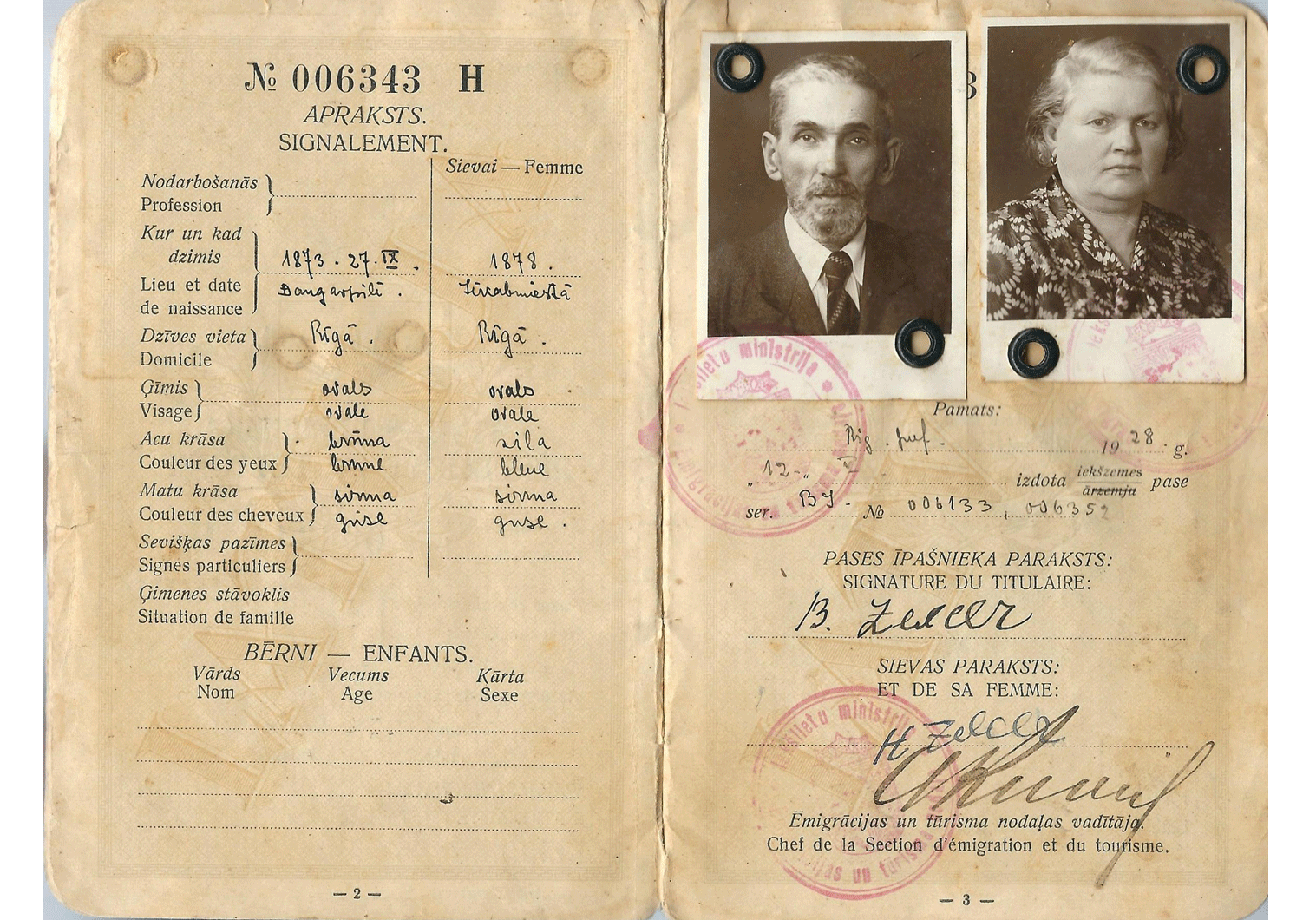 1934 Latvian passport for the Mandate